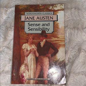 4/$20 📚 Sense and Sensibility by Jane Austen
